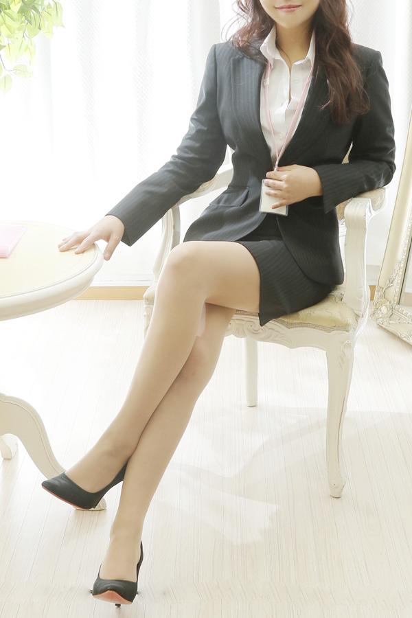 川崎ゆきな / 新橋・品川・五反田のデリヘル風俗【イキます!女子ANAウンサー】